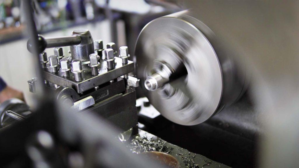 切削加工の基礎(工作機械の種類と加工方法)旋盤加工